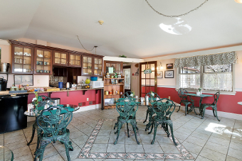 Dining Area, After Eight Bed and Breakfast Inn
