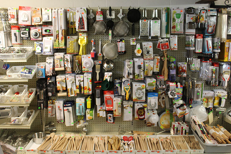 Country Cupboard Utensils Store