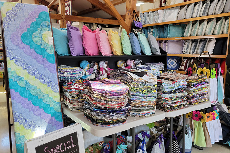 Riehl's Quilts & Crafts