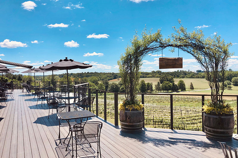 The Vineyard at Grandview Outside View
