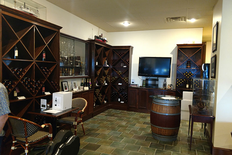 Thorn Hill Wine Taproom