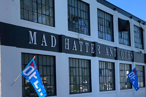 Mad Hatter Antiques Mall